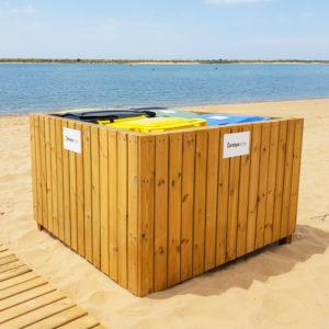 cubrecontenedor de madera modelo beach